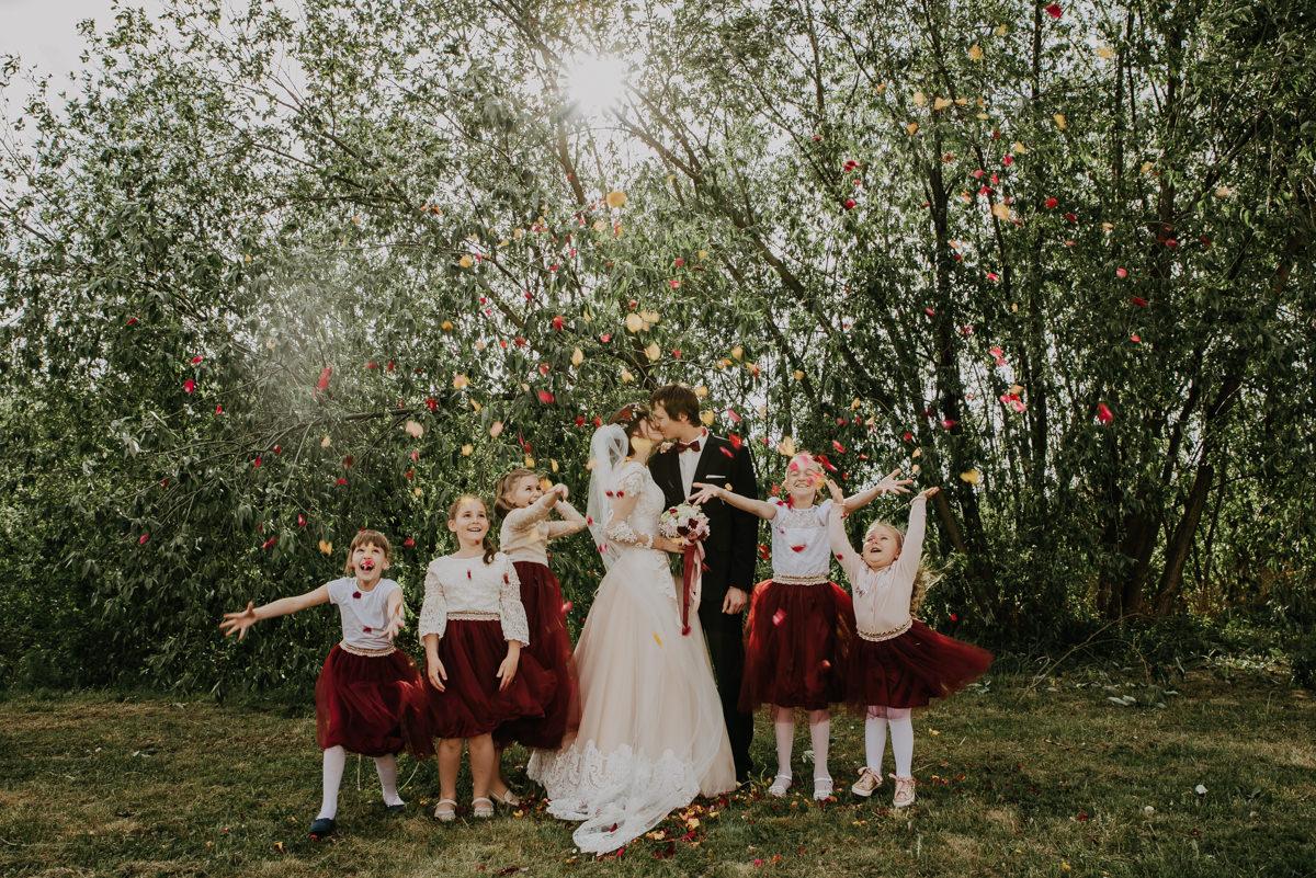 zdjecie grupowe wesele siostry wosiak